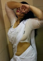 09643250005 Door Step Delhi Escorts Private Hotels Service