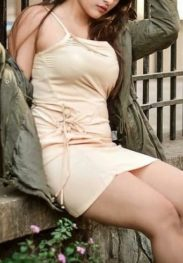 Brusty Very Big boobs Escorts in Delhi 09643250005